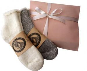 バレンタインに靴下をプレゼント!1万円以下で彼が喜ぶセレクトは?その2