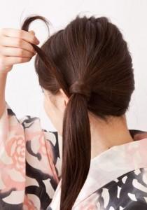 浴衣での簡単ヘアアレンジ・ロング編 かわいいおすすめはこれ!その2